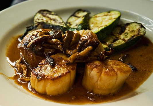 Scallops with Mushrooms picture