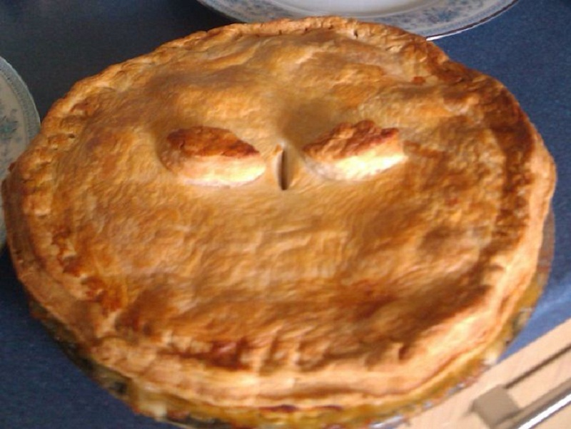 Simple Devon Chicken Pie picture