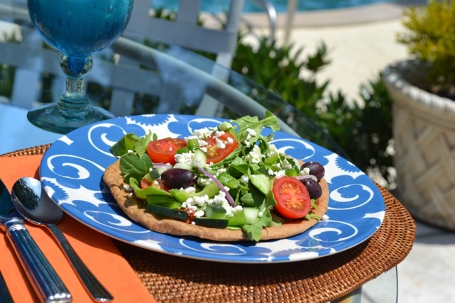 Slimmer Greek Salad Pizza picture