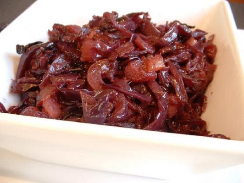 Slow cooked Red Cabbage And Apples picture