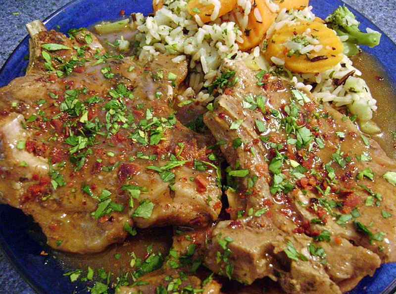 Smothered Pork Chops picture