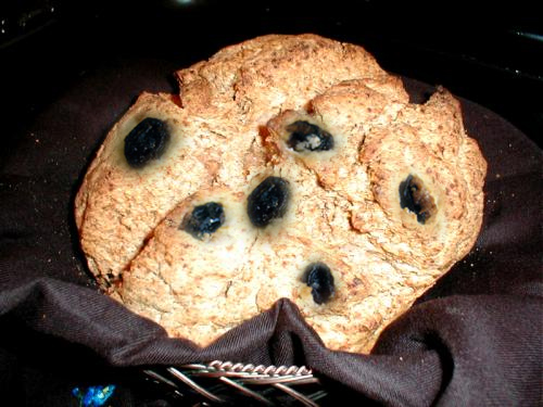 Soda Bread with Raisins picture
