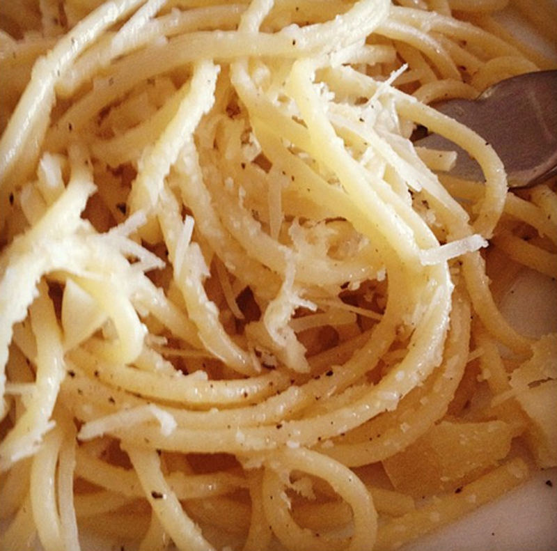 Spaghetti with Olive Oil and Garlic picture