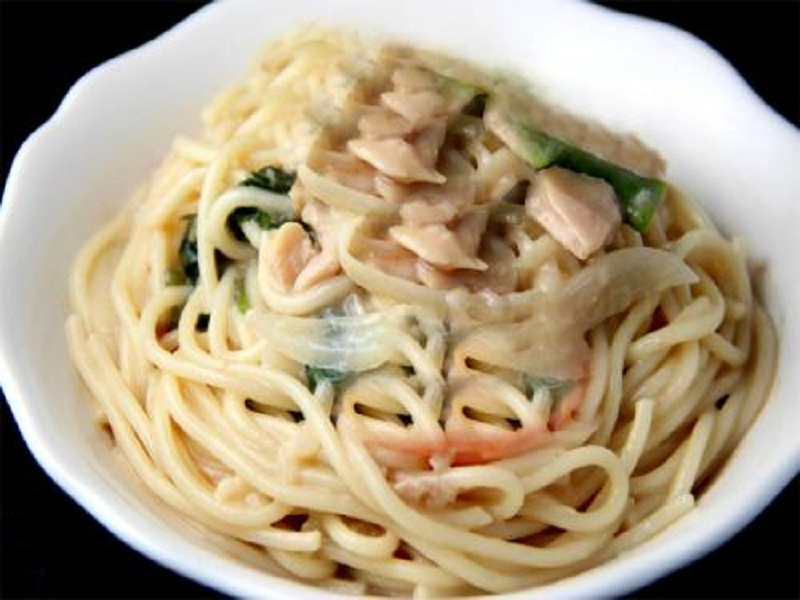 Spaghetti with Clam Oyster Sauce picture