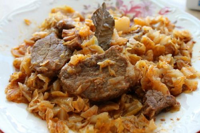 Spareribs and Sauerkraut picture