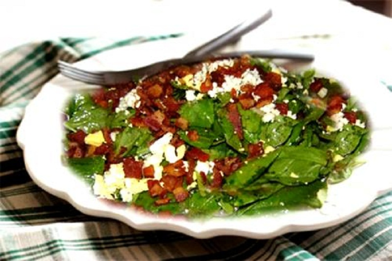 Spinach and Mushroom Salad picture