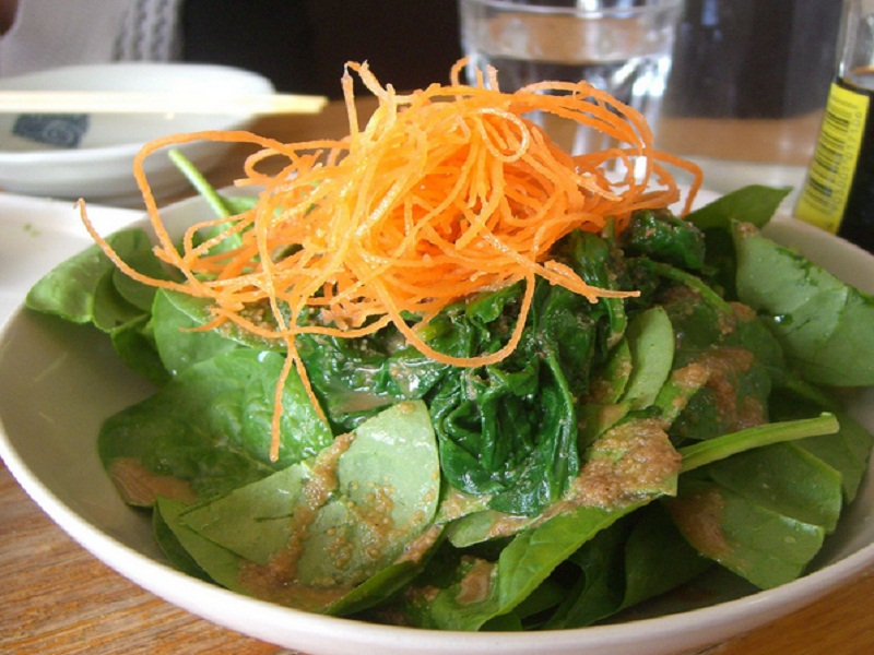 Spinach Salad with Sesame Dressing picture