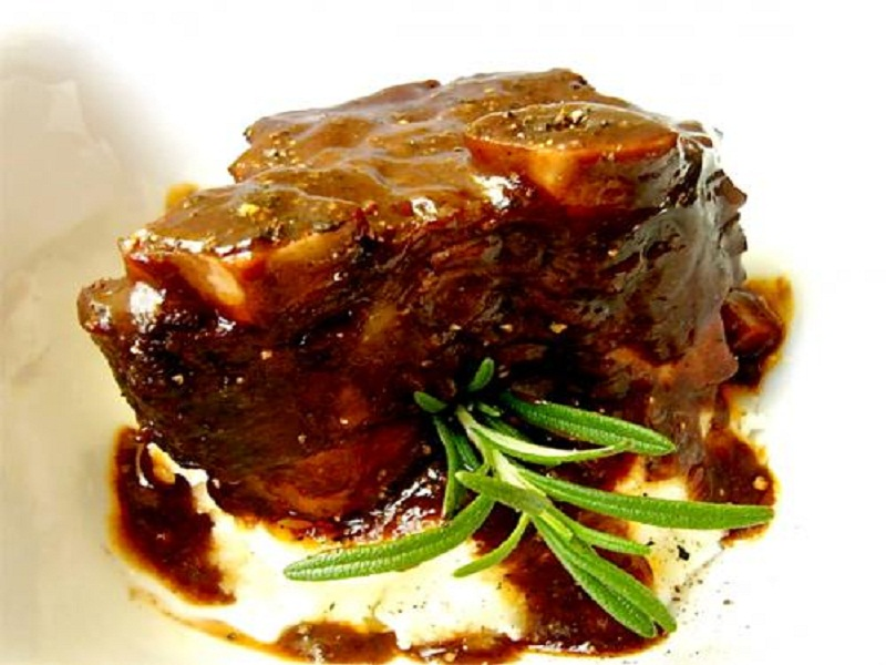 Standing Rib Roast With Madeira Sauce picture