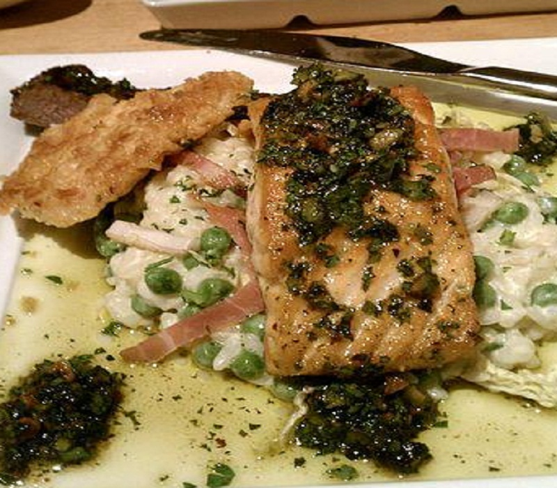 Steamed Salmon With Parsley Butter picture