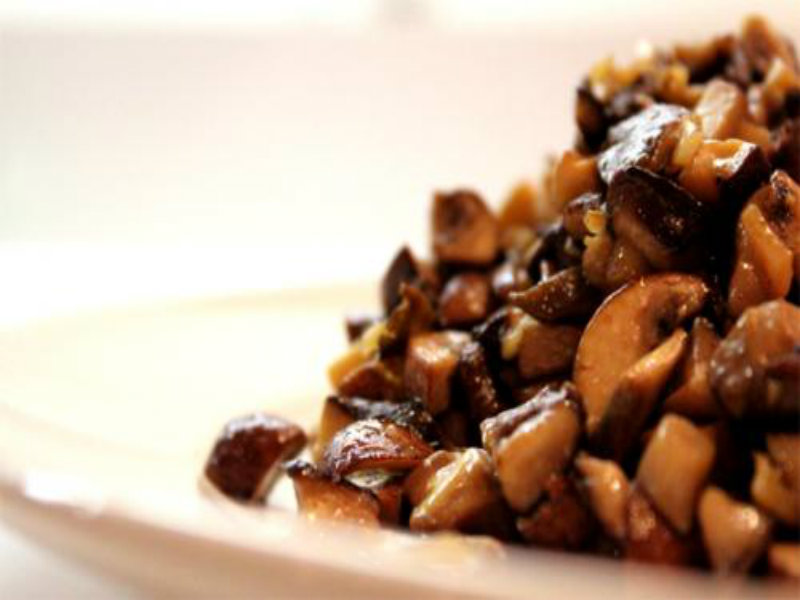 Stir Fried Garlic Mushrooms picture