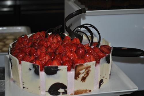 Strawberry Angel Cake picture