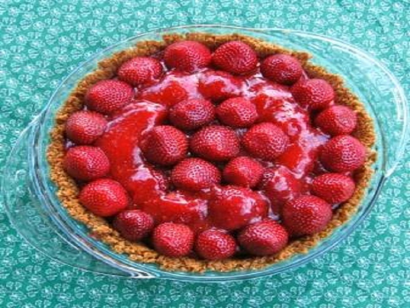 Strawberry Cheese Pie picture