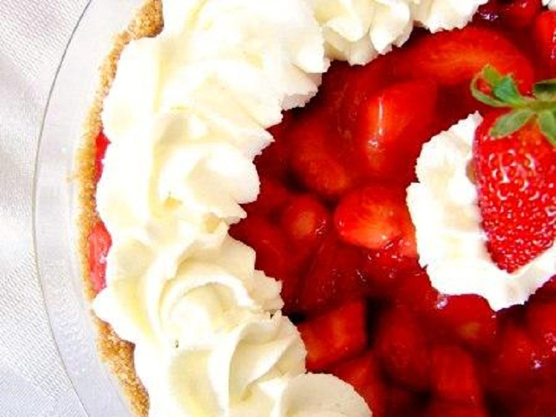 Strawberry Gelatin Pie    picture