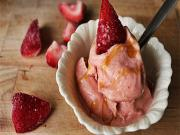 Strawberry Banana Icecream