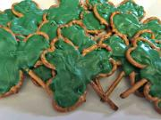 Shamrock Pretzel Treats