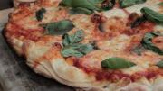 Tomato Mozzarella Pizza On The Bbq 1005272 By Videojug