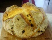 Whole Wheat Currant Soda Bread