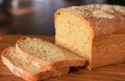 Cornmeal Molasses Bread