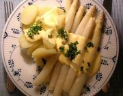 Asparagus hollandaise sauce