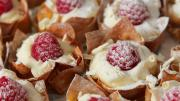White Chocolate Raspberry Parcels 1005884 By Videojug