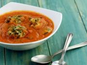 Paneer Palak Koftas In Makhani Gravy Low Calorie Recipe By Tarla Dalal