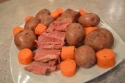 How To Cook Corned Beef With Boiled Potatoes And Carrots 1015384 By Cookingwithkimberly