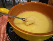 Cheese Fondue With White Wine