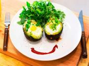 Baked Eggs In Avocados Cups