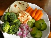 How To Make Simple & Delicious Hummus