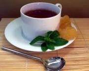 Drink tea with ginger to enjoy ginger tea health benefits.