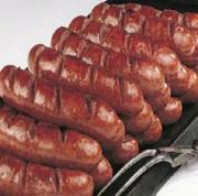 Bratwurst can be made at home nitrate free
