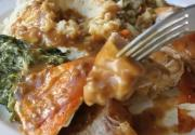 Make-Ahead Thanksgiving Turkey Gravy With Porcini Mushrooms