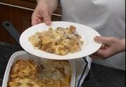 How To Make Pasta Bake With A Cheesy Topping