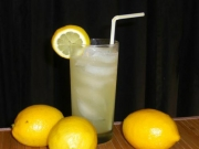 Skinny Electric Lemonade Cocktail
