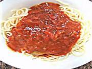 Pasta with Spicy Sauce- معكرونه مع صوص البندوره الحره