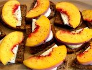 Savory Peach and Mozzarella Fresca Bruschetta on Walnut Bread