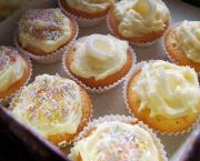 Lemon Cake Cups