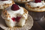 Almond White Cupcakes