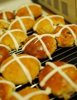 Traditional Hot Cross Buns
