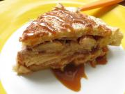 Salted Dulce de Leche Apple Pie