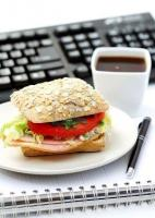 Eating food at the desk might not be healthy