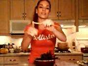 How to Cook Asparagus in a Bamboo Steamer