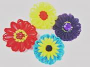 How to Make and Use Flat Yarn Flowers