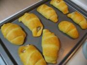 Cheese Wheels in Crust
