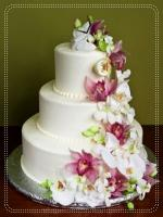 Don't Forget To Include Wedding Cake In Your Wedding Brunch Ideas