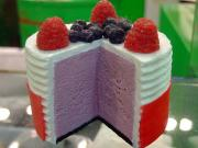 How to bake ice cream cake?