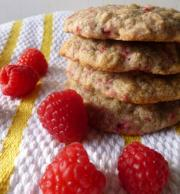 Raspberry oatmeal cookies