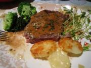 Steak with Zesty Merlot Sauce