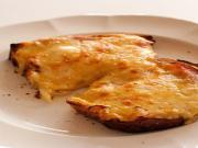 Puffed Cheese Rarebit