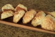 Baked Bisquick Garlic and Cheese Biscuits